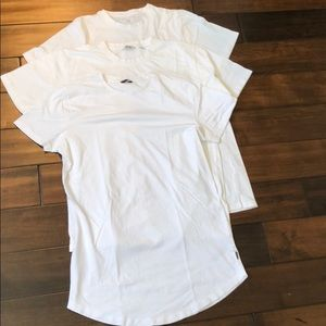Lot of 3 stylish white T-shirt's (normal/longline)